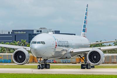 American Airlines Boeing 777-323(ER) N720AN 9-4-18