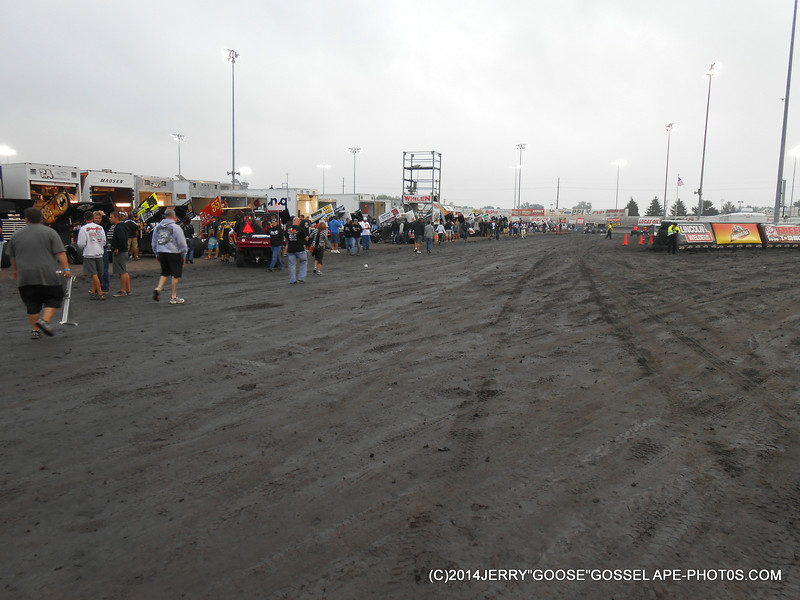KNOXVILLE FRONT PIT AFTER 2 DAYS OF RAIN