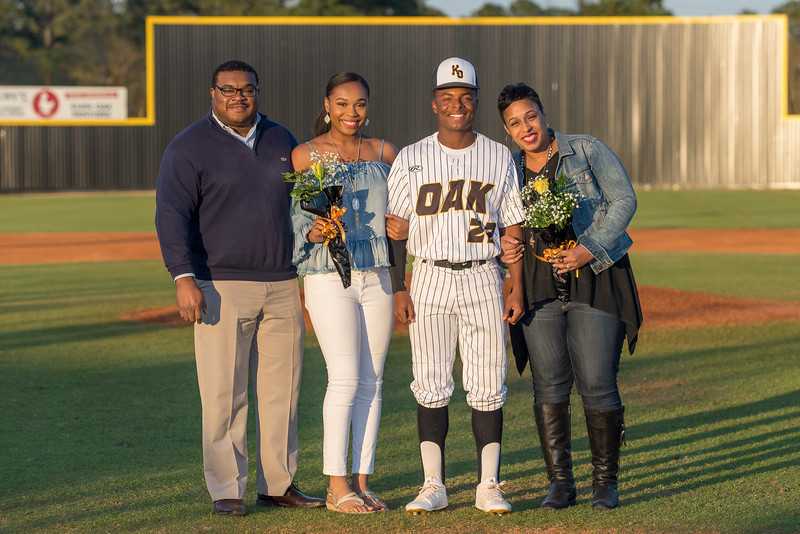 Senior_Night_2018-09200