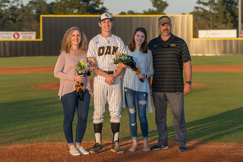 Senior_Night_2018-09191
