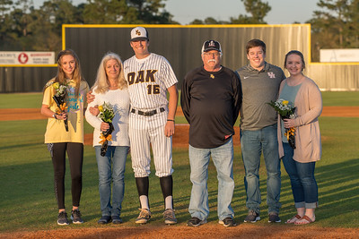 Senior_Night_2018-09193