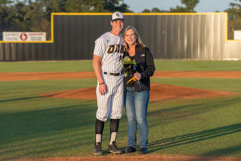 Senior_Night_2018-09196