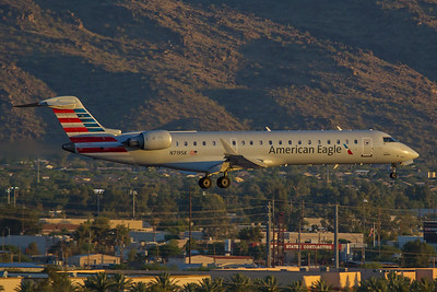 SkyWest Airlines Bombardier CL-600-2C10 N719SK 6-16-17