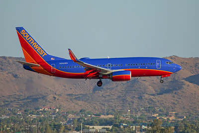 Southwest Airlines Boeing 737-7H4 N290WN 7-3-17