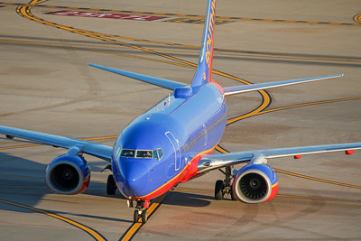 Southwest Airlines Boeing 737-7H4 N290WN 7-3-17 3