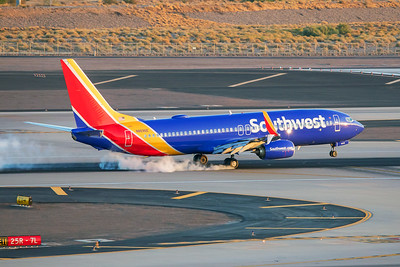 Southwest Airlines Boeing 737-8H4 N8696E 7-3-17