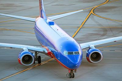 Southwest Airlines Boeing 737-8H4 N8323C 7-3-17