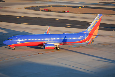 Southwest Airlines Boeing 737-8H4 N8648A 7-3-17