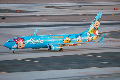 Alaska Airlines Boeing 737-990 N318AS 7-3-17