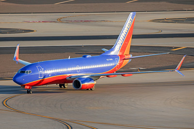 Southwest Airlines Boeing 737-7H4 N279WN 7-3-17