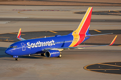 Southwest Airlines Boeing 737-7H4 N757LV 7-3-17