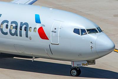 American Airlines Boeing 737-823 N922NN 5-30-18