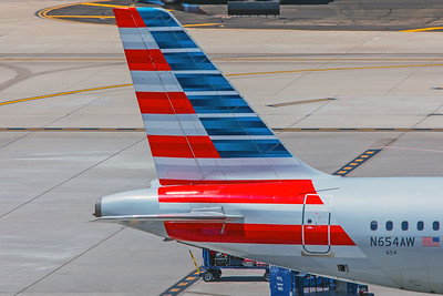 American Airlines Airbus A320-232 N654AW 5-30-18