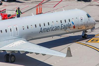 Mesa Airlines Bombardier CL-600-2D24 CRJ-900ER N945LR 5-30-18 3