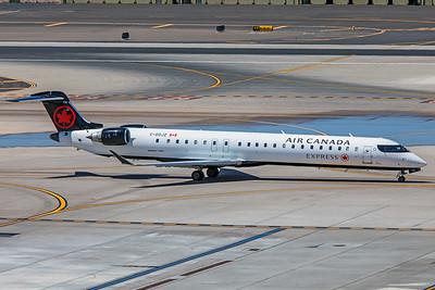 Air Canada Jazz Bombardier CL-600-2D15 CRJ-705 C-GOJZ 5-30-18