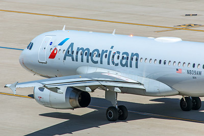 American Airlines Airbus A319-132 N809AW 5-30-18 2