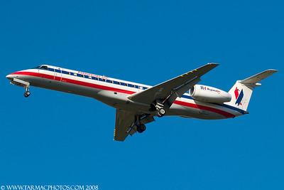 AmericanEagleAirlinesEmbraerEMB135KLN812AE_6