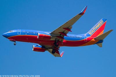SouthwestAirlinesBoeing7377H4N475WN_42