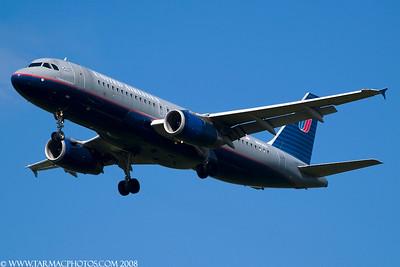 UnitedAirlinesAirbusA320232N443UA_36