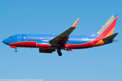 SouthwestAirlinesBoeing7377H4N442WN_23
