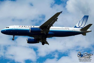 UnitedAirlinesAirbusA320232N411UA_2