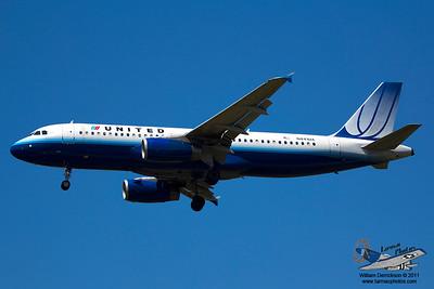 UnitedAirlinesAirbusA320232N441UA_3