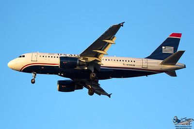 USAirwaysAirbusA319112N748UW_3