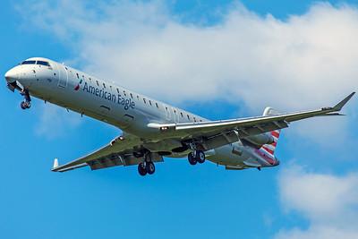 PSA Airlines Bombardier CL-600-2D24 CRJ-900LR N570NN 8-12-18