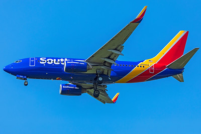 Southwest Airlines Boeing 737-7CT N7828A 8-12-18