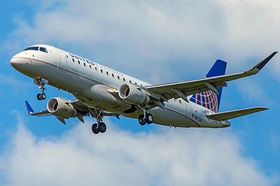 Mesa Airlines Embraer ERJ-170-200LR N87345 8-12-18