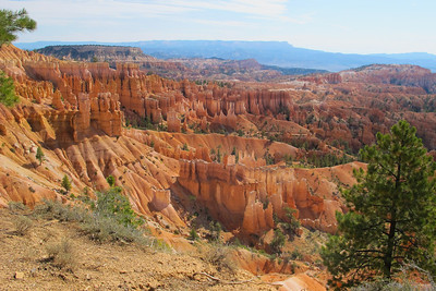 Hiking Bryce Canyon National Park.