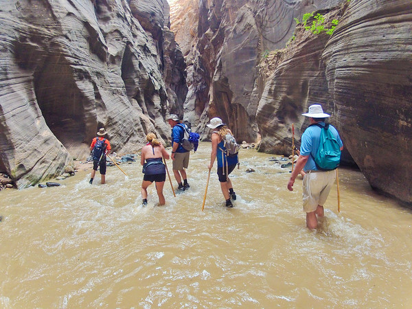 Tony Sarzotti, Belinda Rowland, Mike Pertle, Christina Pertle and Glenn Gregory, hiking the Narrows.