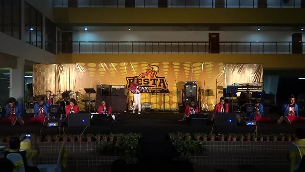 Etiqa - Maybank Got Talent @ Pesta Sukan Maybank 2012