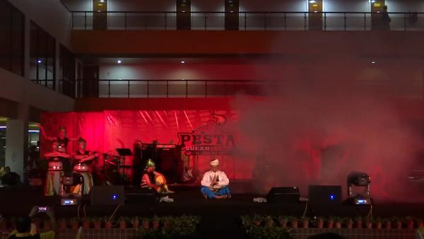Maybank Sarawak - Maybank Got Talent @ Pesta Sukan Maybank 2012