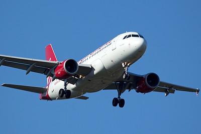 Virgin America Airbus A319-112 N528VA 6-22-15