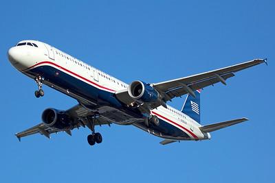 American Airlines Airbus A321-211 N155UW 6-22-15