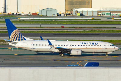 United Airlines Boeing 737-824 N76508 2-3-18