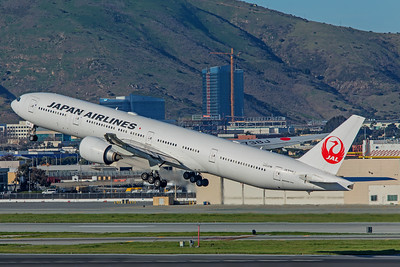 Japan Airlines Boeing 777-346(ER) JA738J 2-4-18