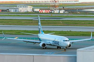 Alaska Airlines Boeing 737-990(ER) N272AK 2-3-18