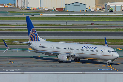 United Airlines Boeing 737-924(ER) N38479 2-4-18