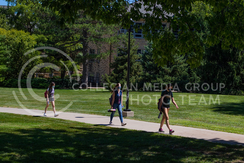 Students return to campus for the beginning of the new year wearing masks and social distancing. With the first day of school beginning during a pandemic on August 17th 2020, precautions have been taken in every aspect of campus in order to keep students and staff safe. (Dalton Wainscott I Collegian Media Group)
