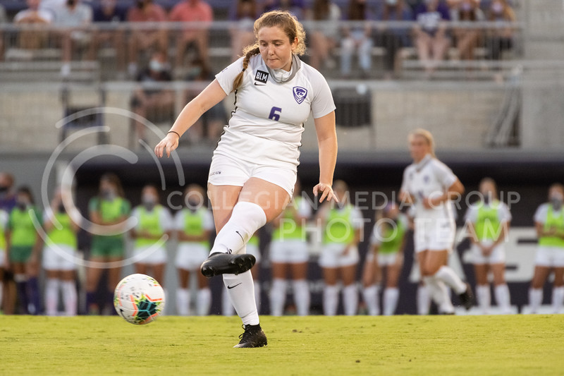 Kansas State University sophomore, Shannon Dukes, passes the ball. The Wildcats fell to Oklahoma State 0-3 at Buser Family Park on September 13, 2020. (Dylan Connell | Collegian Media Group)