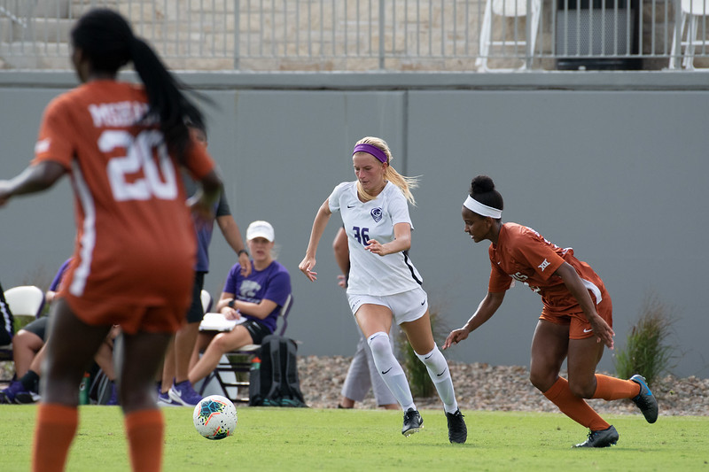 Midfielder Maddie Souder making her way down the field toward the Longhorns' goal. Sept 29, 2019. (Dylan Connell | Collegian Media Group)