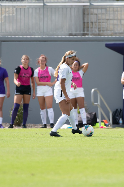 Forward Katie Cramer attacking the Texas Longhorns' defensive at K-State Soccer stadium. Sept 29, 2019. (Dylan Connell | Collegian Media Group)