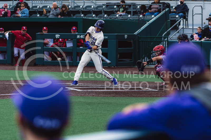 Wildcat's batter up, Zach Kokoska, finished the evening with one R, two H, one RBI, and one BB against OU. Kansas State University baseball capped off the weekend by defeating Oklahoma 8-3 at Tointon Family Stadium, Manhattan KS. 4/18/21. (Dylan Connell | Collegian Media Group)
