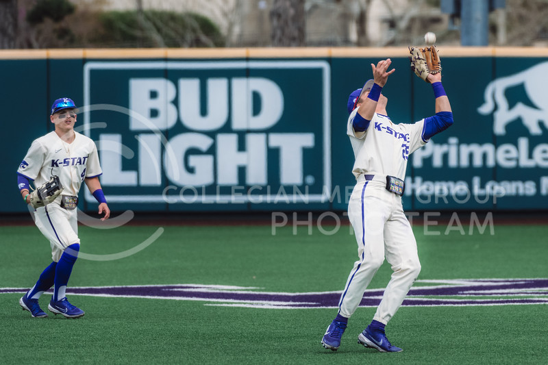 Wildcat's outfielder, Nick Goodwin, catches a pop fly against OU. Kansas State University baseball capped off the weekend by defeating Oklahoma 8-3 at Tointon Family Stadium, Manhattan KS. 4/18/21. (Dylan Connell | Collegian Media Group)