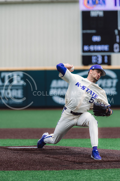 Wildcat's pitcher, Connor McCullough, pitched four innings in the battle against OU. Kansas State University baseball capped off the weekend by defeating Oklahoma 8-3 at Tointon Family Stadium, Manhattan KS. 4/18/21. (Dylan Connell | Collegian Media Group)