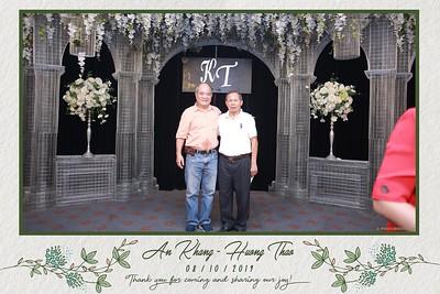 KT-wedding-instant-print-photo-booth-Chup-anh-in-hinh-lay-ngay-Tiec-cuoi-tai-Ha-Noi-Photobooth-Hanoi-WefieBox-Photobooth-Vietnam-075