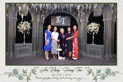 KT-wedding-instant-print-photo-booth-Chup-anh-in-hinh-lay-ngay-Tiec-cuoi-tai-Ha-Noi-Photobooth-Hanoi-WefieBox-Photobooth-Vietnam-080