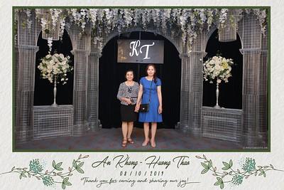 KT-wedding-instant-print-photo-booth-Chup-anh-in-hinh-lay-ngay-Tiec-cuoi-tai-Ha-Noi-Photobooth-Hanoi-WefieBox-Photobooth-Vietnam-061